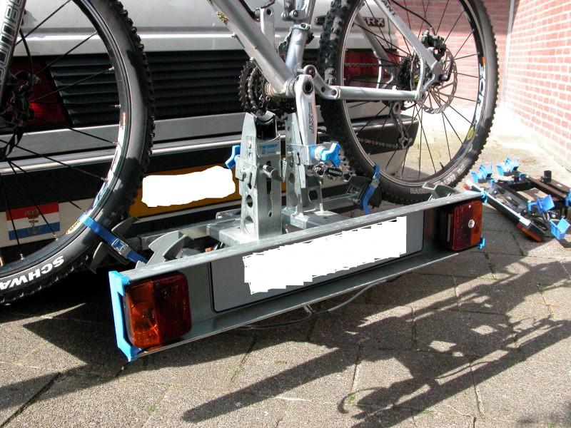 fietsedrager voor op de trekhaak twinny load plus. Black Bedroom Furniture Sets. Home Design Ideas
